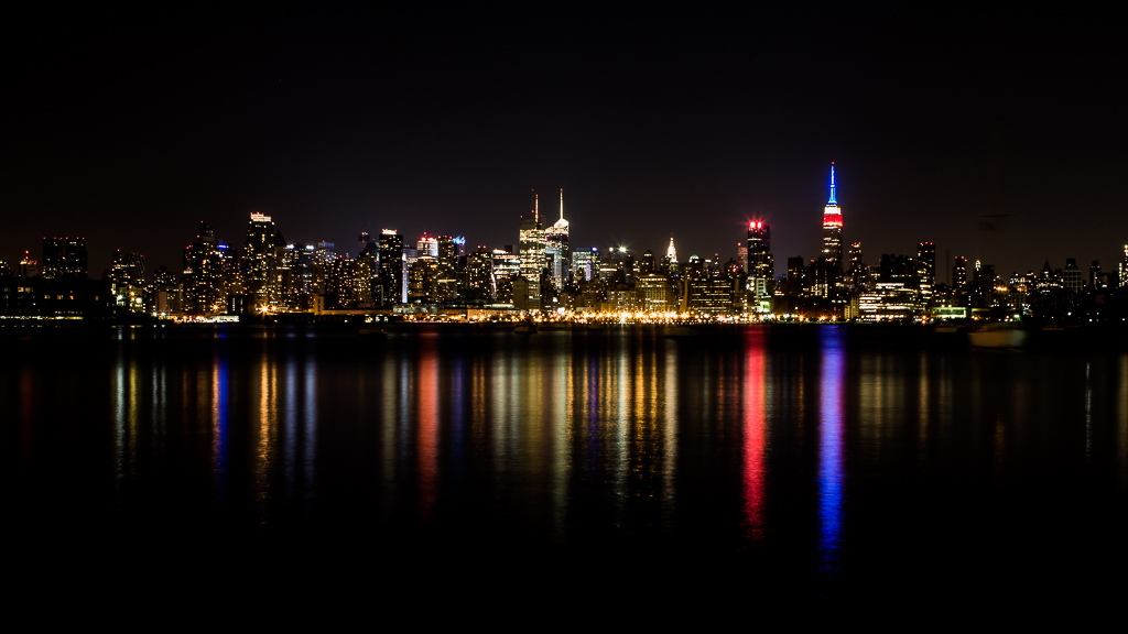 USA - New York - Night Skyline